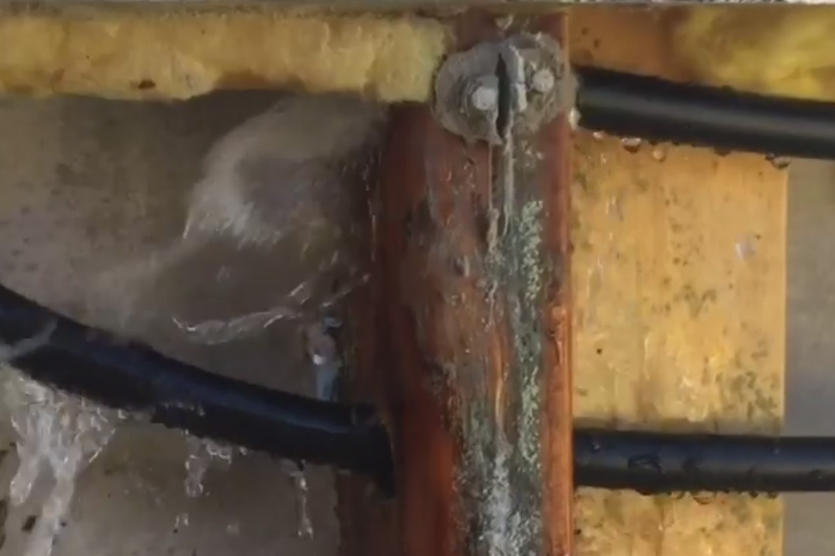 Burst pipe - Kennedy Plumbing and Gas